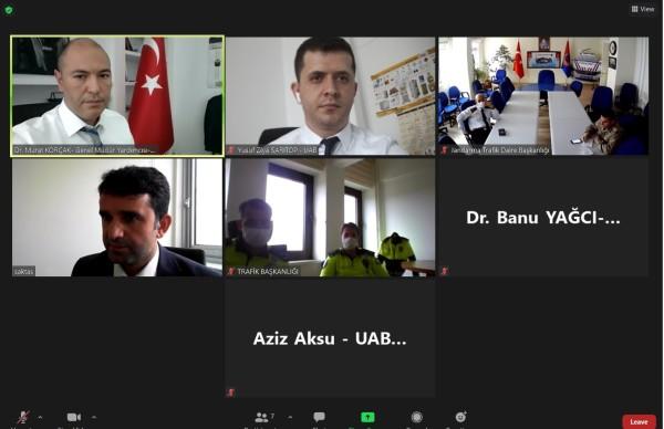 Karayolları Genel Müdürlüğü, Emniyet Genel Müdürlüğü ve Jandarma Genel Komutanlığının ilgili birimleri ile özel yük taşımacılığına (proje taşımacılığı) ilişkin toplantı gerçekleştirildi