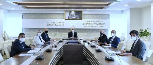 Sayın Bakanımız Adil Karaismailoğlu ile Ulaştırma Hizmetlerimiz üzerine  verimli bir toplantı gerçekleştirildi