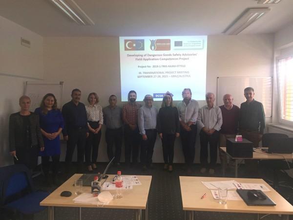 Tehlikeli Madde Güvenlik Danışmanlarının Saha Uygulama Yeterliliklerinin Geliştirilmesi Erasmus+ Projesinin (DGSA-FAC) 3. resmi toplantısı gerçekleştirilmiştir.